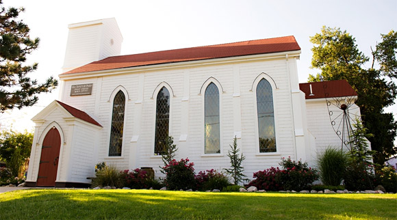 Old Trinity Anglican Church / Old Trinity of Paseo